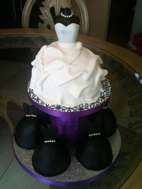 Bridesmaid Cake by Wedding Dress Cake Bridesmaid Mini Cakes Cakecentral