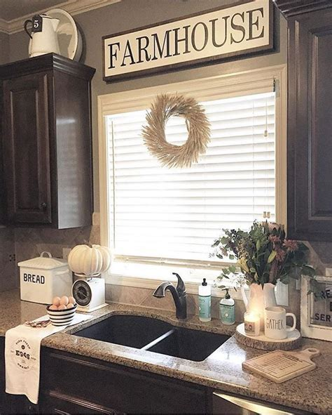 farmhouse kitchen decorating ideas best 25 farmhouse kitchen decor ideas on farm