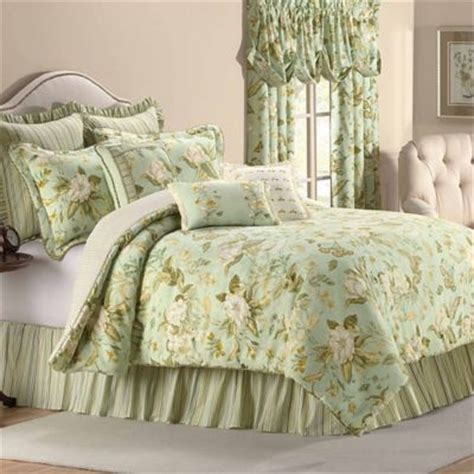 Bed Bath And Beyond Williamsburg by Williamsburg Grandiflora Reversible Comforter Set In