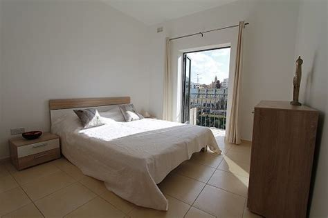 2 bedroom apartments southton 2 bedroom apartment st julians 845 for rent