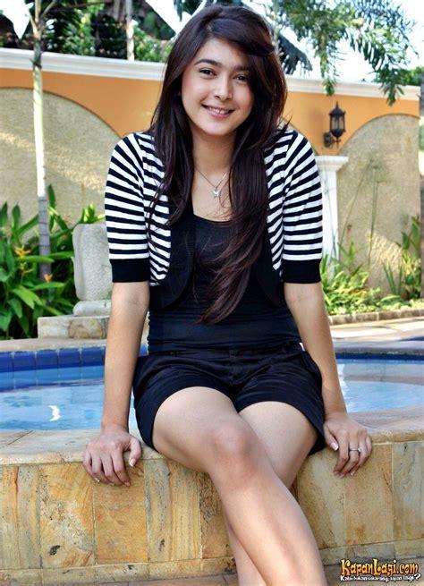 Maxi Nabila 1 nabila syakieb she s an actresses and she s