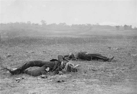 photographing the fallen a war photographer on the western front 1915ã 1919 books the civil war dead soldiers photograph by everett