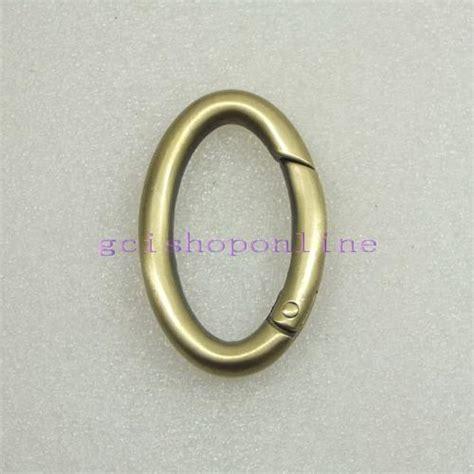 Ring Holder With Liquid Buckle handbag clip car interior design