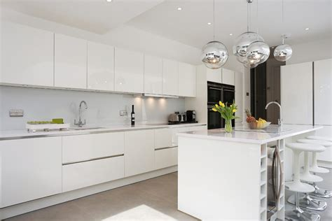 Glossy White Kitchen Cabinets by White Gloss Lacquer Cabinets Kitchen Contemporary With