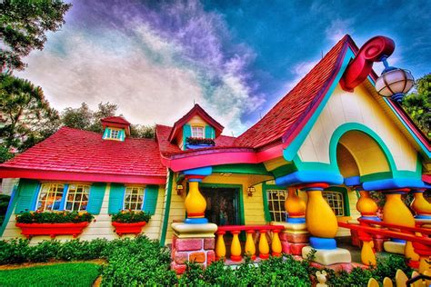 sleeping with the enemy houses around disney world