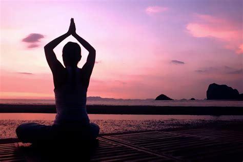 yoga meditation tutorial yoga meditation holistic therapy south east asia