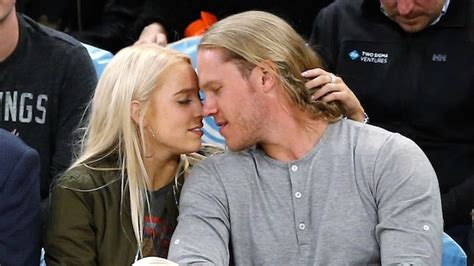 noah syndergaard modeling total pro sports meet noah syndergaard girlfriend