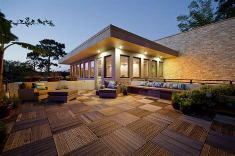 terrazzo sul tetto 7 idee per arredare il tetto durante la stagione
