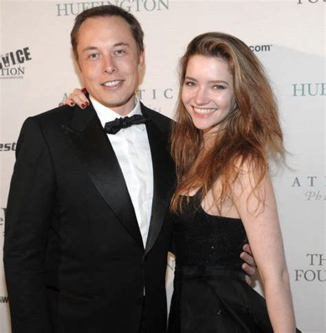 elon musk queen s university wife blogs about divorce from billionaire the star