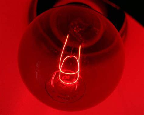 red light bulb in bedroom sleep improving sleep sleep tips sleeping insomnia rem sleep the 2 sleep tip you