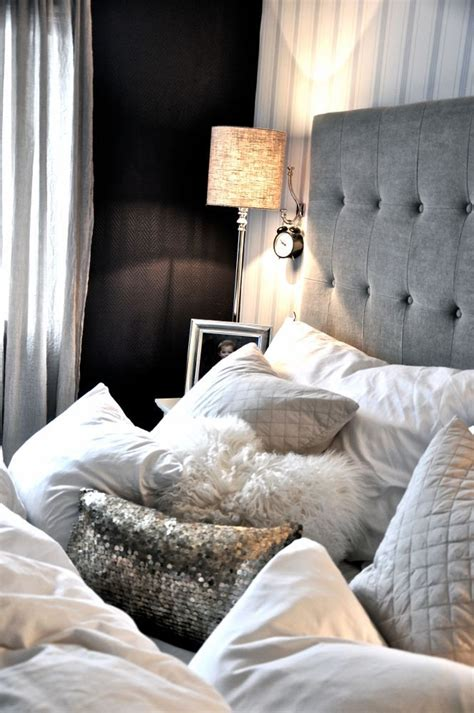 bedroom decorative pillows best 25 decorative bed pillows ideas on pinterest bed