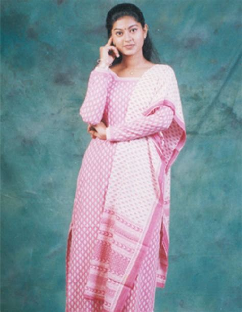 tamil film actress family sneha family childhood photos actress celebrity