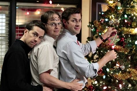 5 rules to planning the ultimate office holiday party