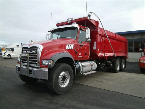 kenworth medium duty trucks for sale mack trucks and heavy duty trucks find used