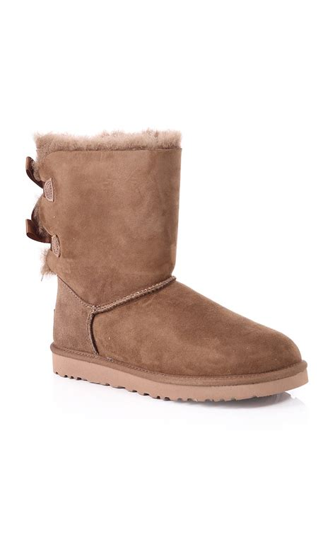 ugg womens ugg australia womens bailey bow boot leaf