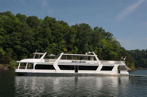 house boat us a sneak peek at sumerset houseboats houseboat magazine