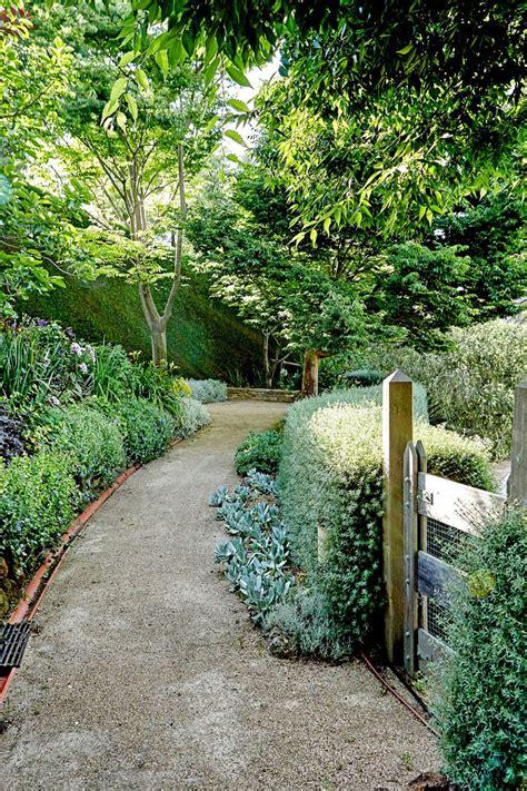 best 25 gravel path ideas on front garden