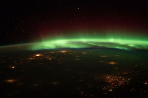 aurora borealis northern lights tonight new year s eve nothern lights show may happen tonight