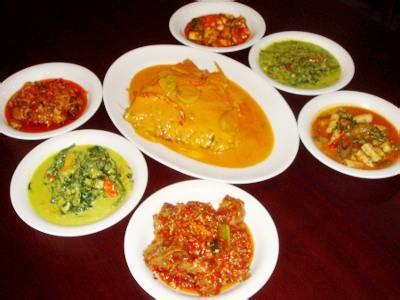 Variasi Menu Masakan Mak Nyuss gulai kepala ikan mak nyuss di padang express