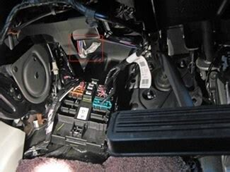 wiring   trailer brake controller    chevy suburban  etrailercom