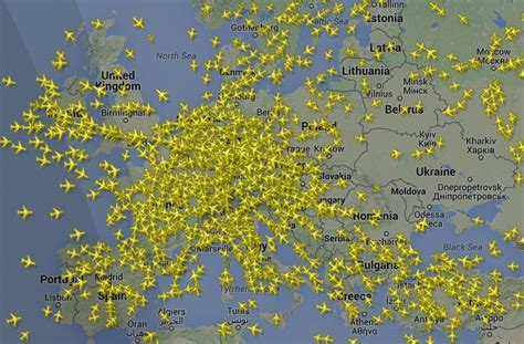 us weather map for flying tracking airplanes how flightradar24 works kaspersky