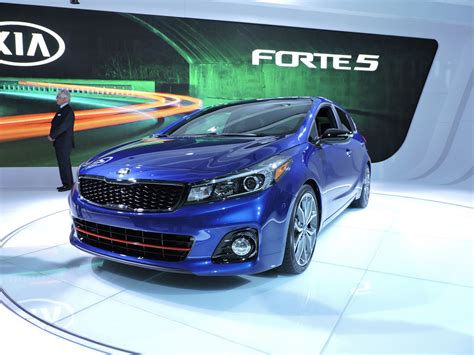 2017 kia forte adds new engine technology 187 autoguide
