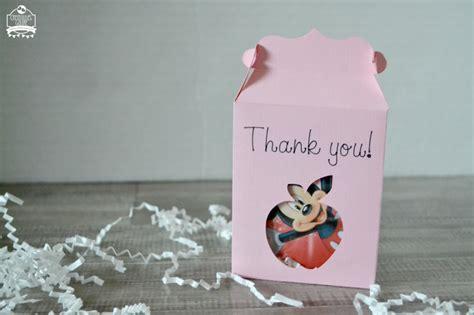 cricut explore teacher appreciation projects teacher appreciation gift card box made with the cricut