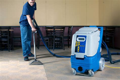 Which Commercial Carpet Cleaners Are Best On Rugs - carpet cleaner extractor reviews floor matttroy