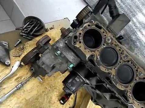 guarnizione della testata come una guarnizione della testata sostituito in un motore