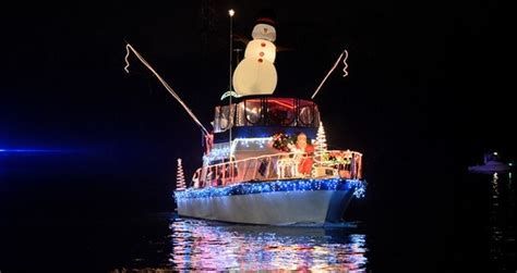 boat lights on the james the parade of lights on the james river petersburg area