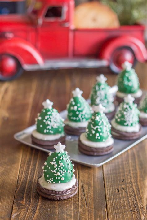 chocolate covered strawberry christmas trees lovely