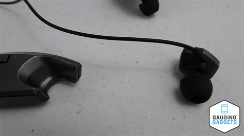 very comfortable headphones mpow jaws headphones review gauging gadgets