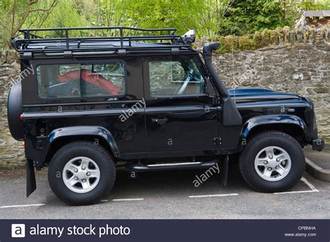 land rover defender safari black land rover defender 90 2 4tdci 4x4 with safari