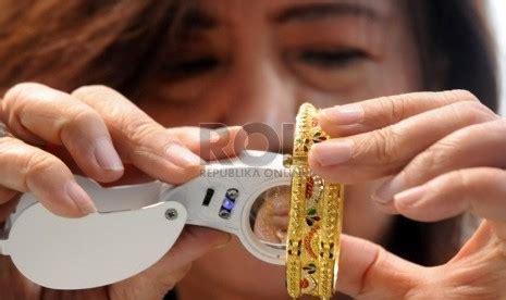 Kalung Set Perhiasan Wanita Kalung Dan Anting Emas Berlian Imita grosir perhiasan wanita anting cincin gelang kalung