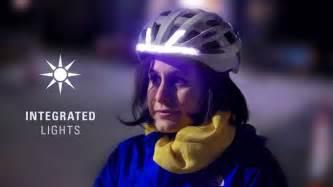 fahrradhelm beleuchtung lumos fahrradhelm mit integriertem blinker und le