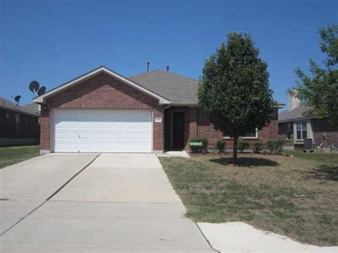 homes for kyle tx 249 firwood n kyle 78640 bank foreclosure info