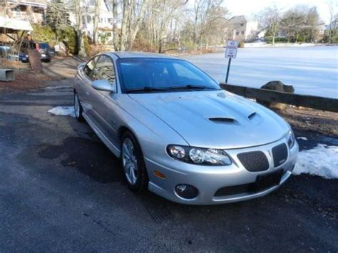 pontiac last year buy used pontiac gto coupe 6 0 last year collectable 27k 6