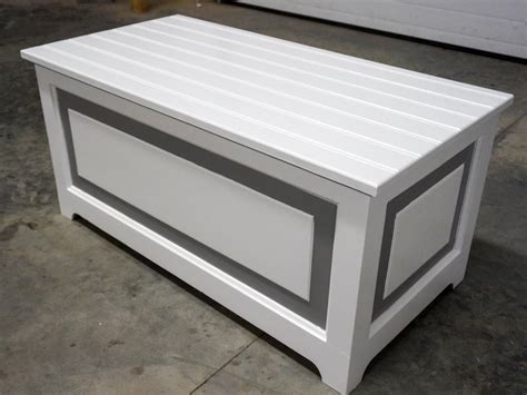 build  toy chest   upcycled door  tos diy