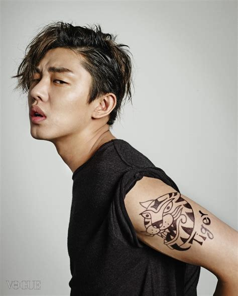 yoo ah in tattoo photos video yoo ah in is the first male actor to