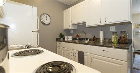 one bedroom townhomes one bedroom apartments highland legends apartments