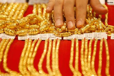 Set Kalung Gelang Rs india hikes import duty on gold jewellery to 15 per cent