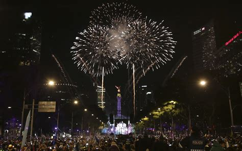 new year s eve see how it s celebrated around the world