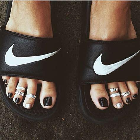 Sepatu Nike One Putih List Pink Size 37 40 Lv140 nike slip ons