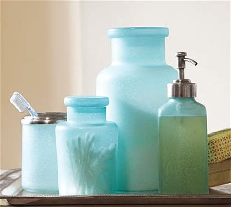 Colored Glass Bathroom Accessories by Blue Glass Bath Accessories Everything Turquoise