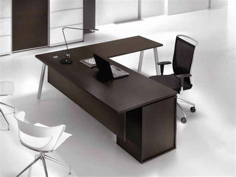 scrivanie ad angolo per pc scrivania ad angolo in legno con cassetti atreo