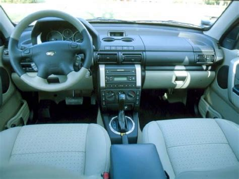land rover freelander 2000 interior 2004 land rover freelander look review