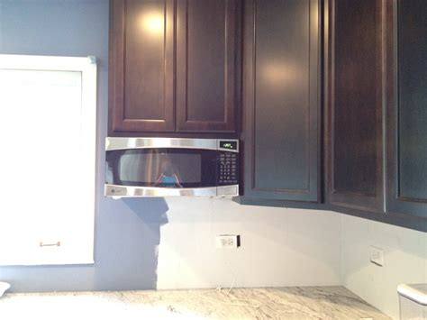 kitchen cabinets space savers spacesaver microwave under cabinet manicinthecity