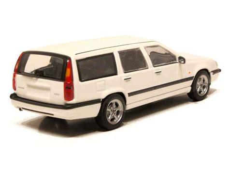 Volvo 850 Estate 1996 White 1 43 Minichs 430171412 New volvo 850 1996 minichs 1 43 autos miniatures tacot