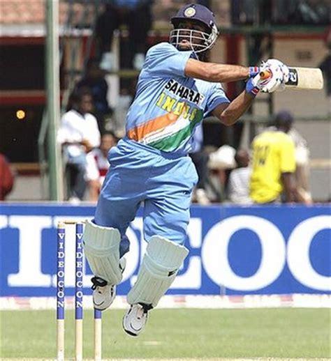 dhoni biography in english live star cricket dashing ms dhoni