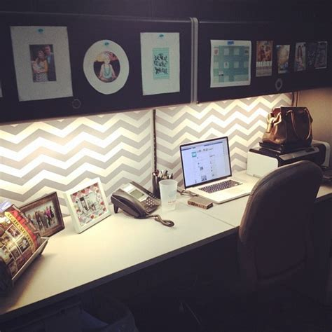 cubicle decorating ideas maybe some chevron or moroccan tile wallpaper would look